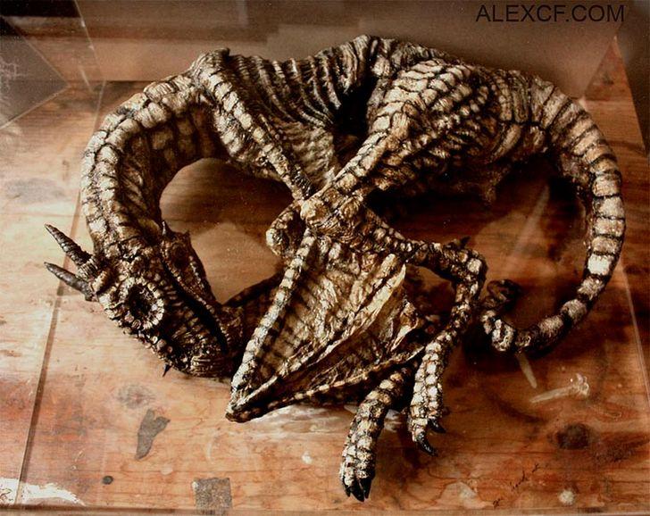 esqueletos-de-seres-fantasticos-29