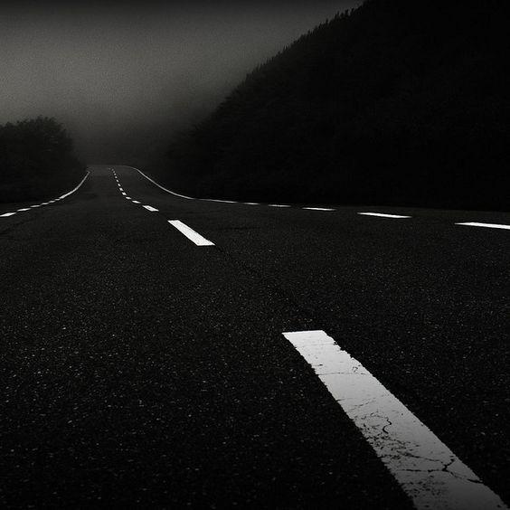carretera-autopista-oscura