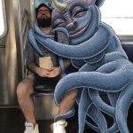 Divertidas ilustraciones de monstruos en el Metro de Nueva York