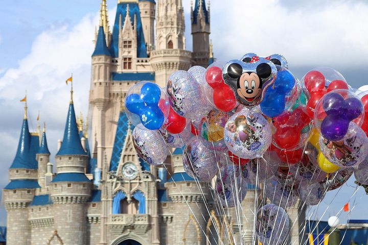 magic-world-disney-globos