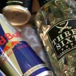 Energizantes con alcohol provocan el mismo efecto que la cocaína