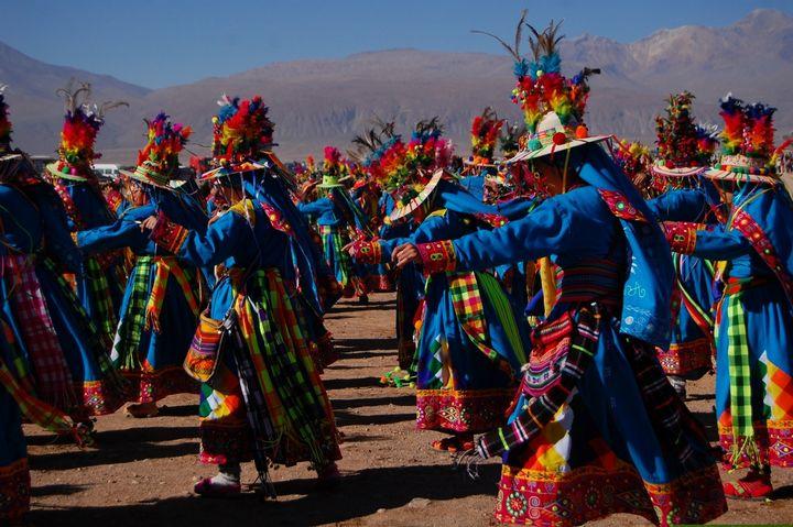 bailarines-chilenos-tradicionales