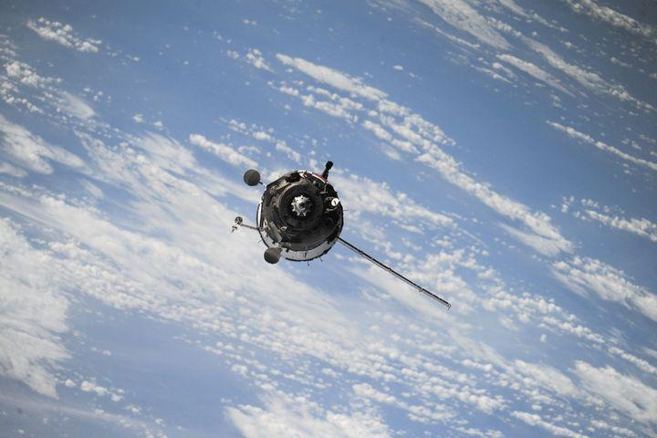 satelite-en-orbita