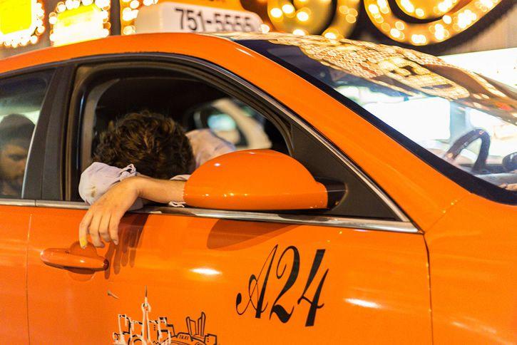 Borracho en taxi