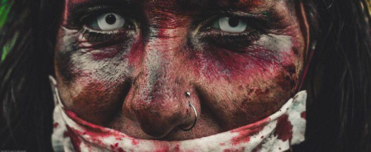 mujer zombi zoom