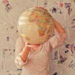 viajando por el mundo globo terraqueo