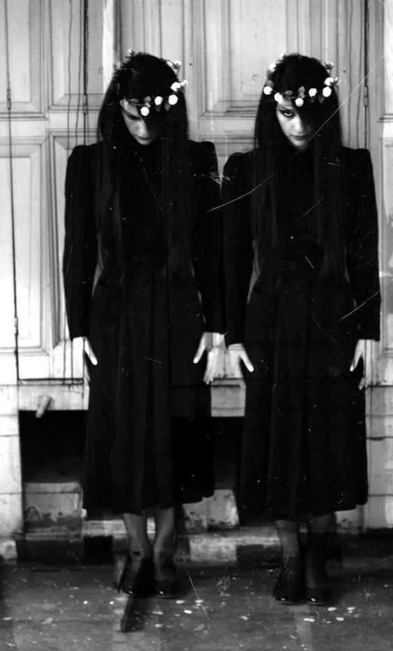 dobles gemelas terror