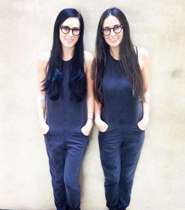 madres jovenes lucen igual que sus hijas (12)
