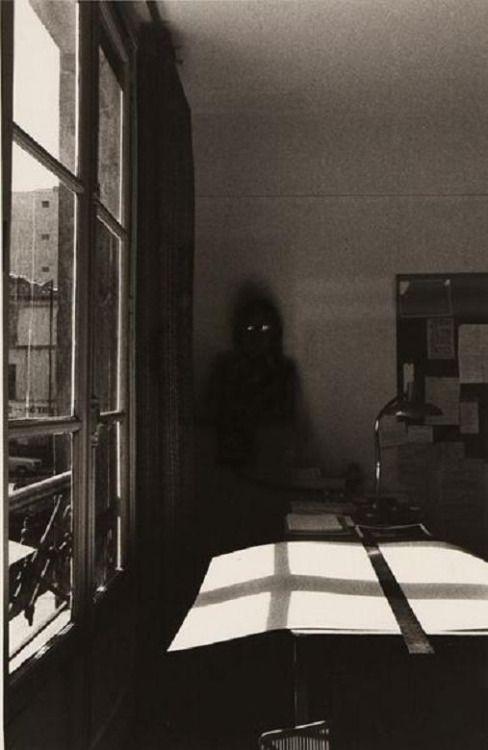 sombra en la habitacion