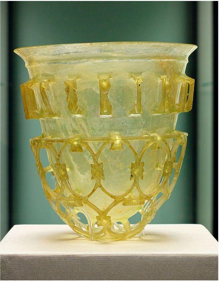 vacija romana de cristal