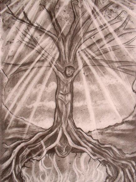 crucificado en un arbol