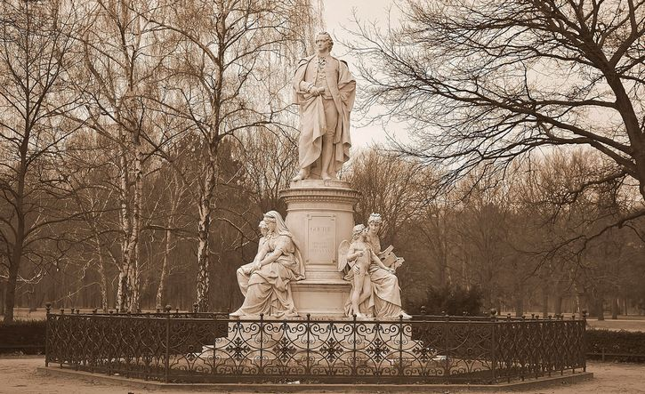 estatua en honor a Goethe