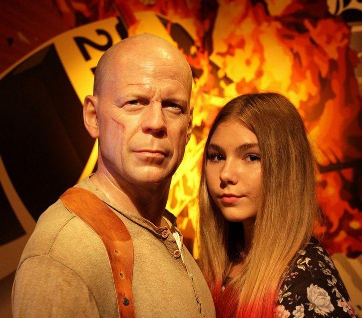 Maryana Naumova y Bruce Willis