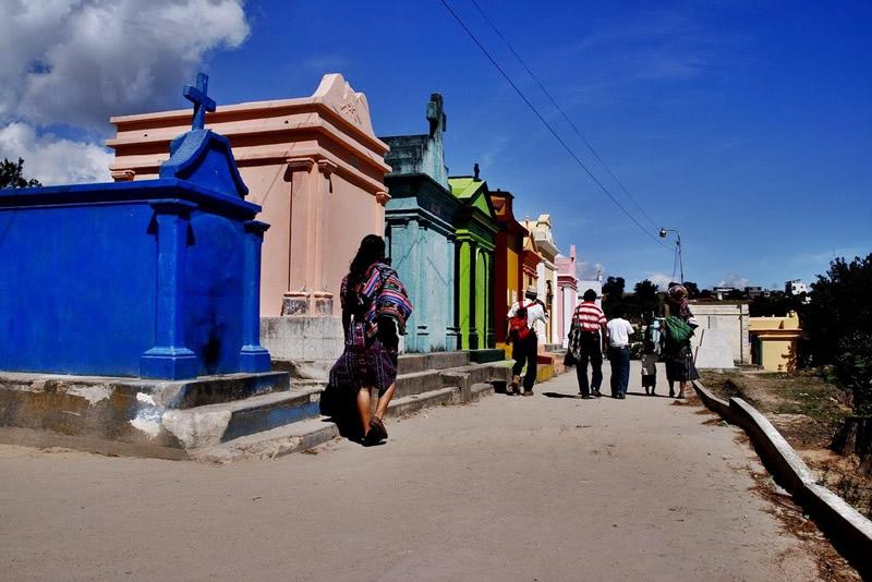 cementerios coloridos Guatemala (1)
