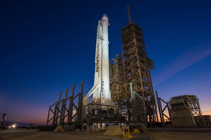 plataforma lanzamiento falcon 9
