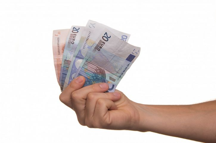 prestamo dinero en mano