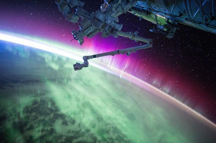 aurora boreal vista desde un satelite