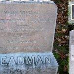 13 personas que eligieron mensajes curiosos para sus epitafios