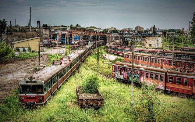 Czestochowa Polonia cementerio de trenes