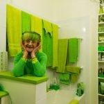 """La """"señora verde"""", una mujer enamorada del verde"""