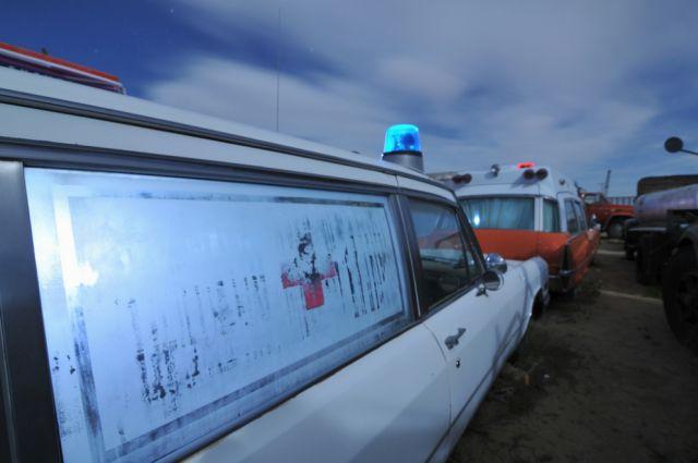 cementerio de ambulancias en el Desierto de Mojave (1)