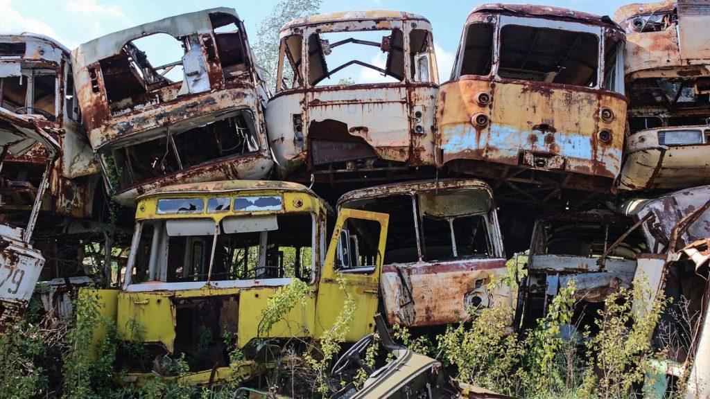 cementerio de autobuses