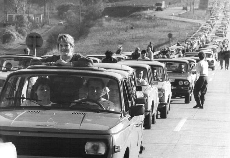 driving to berlin wall