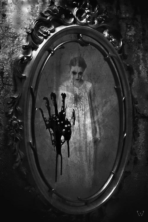 huella sangre espejo fantasma