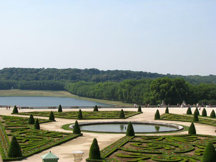 jardines y laguna palacio de versalles
