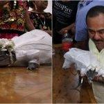 La tradición donde un alcalde mexicano se casa con un cocodrilo
