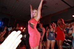 Alexis Texas bailando