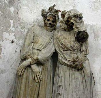 Catacumbas de los Capuchinos en palermo muertos (6)