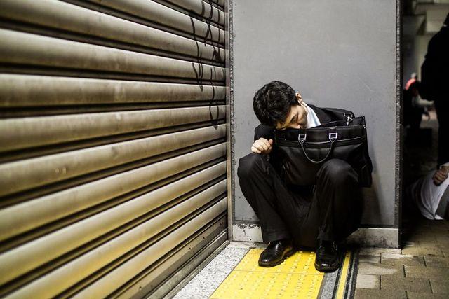 Dura realidad trabajadores japoneses (9)