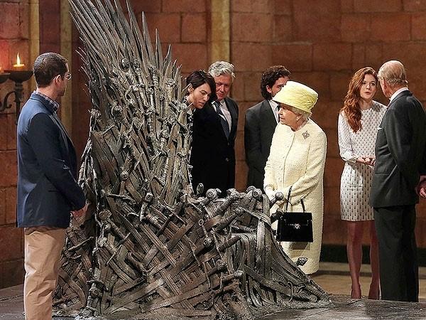 El trono de hierro reina Elizabeth