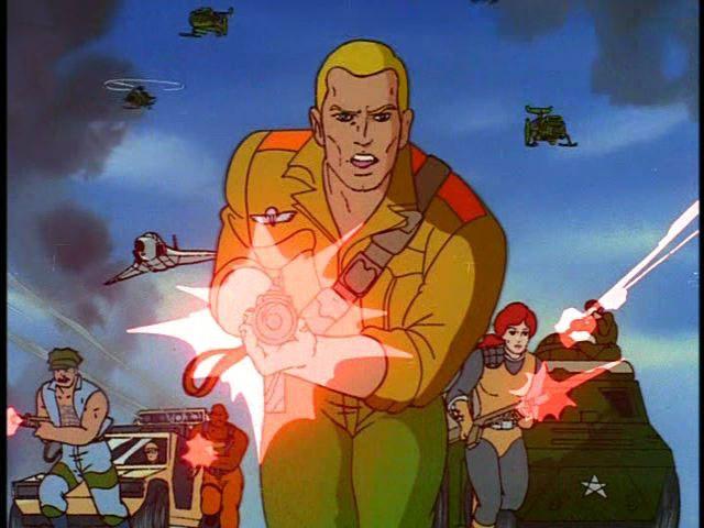 GI Joe disparando lasers