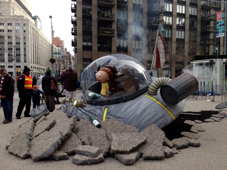 Rick y Morty nave publicidad en Edificio Flatiron en Nueva York