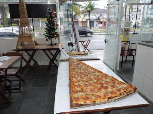 pizza rebanada gigante