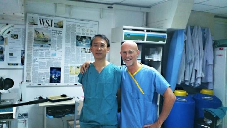 Sergio Canavero y Dr. Xiaoping Ren