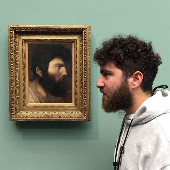 personas gemelos museo (8)