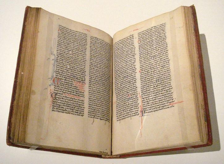 tratado De ornatu mulierum