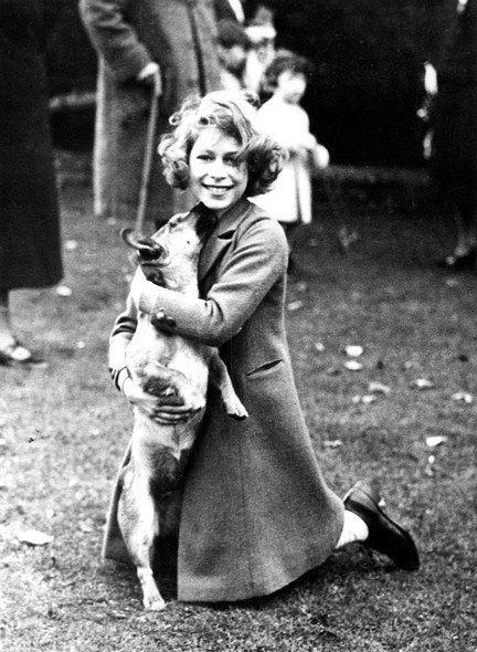 Elizabeth II y su perro