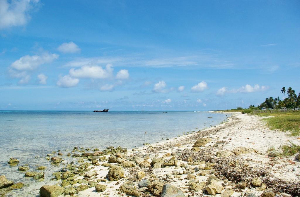 Malmok Beach hundimiento del Antilla playa