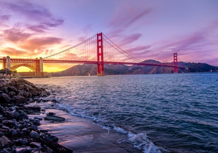 atardecer en el puente golden gate