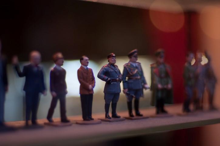 figuras miniatura Mussolini y Hitler