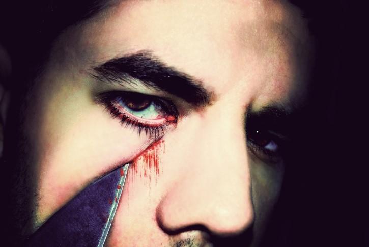 hombre psicopata cuchillo