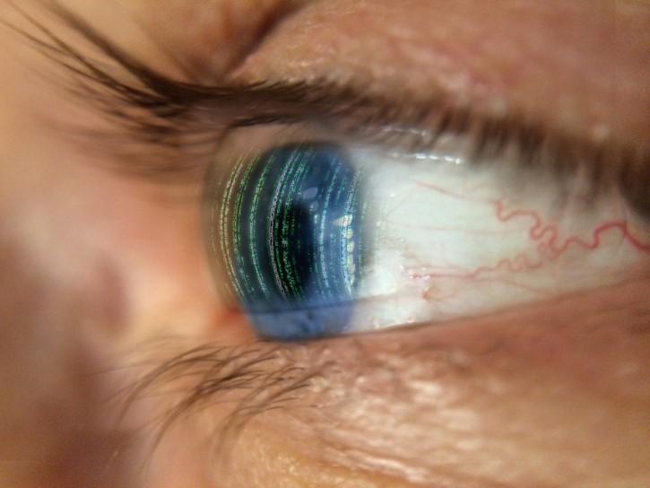 ojo cyborg