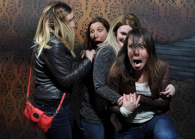 personas asustadas Nightmares Fear Factory (11)