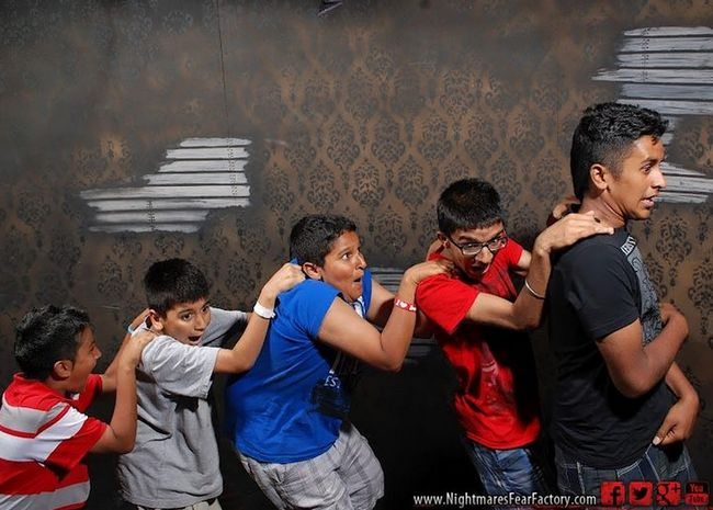 personas asustadas Nightmares Fear Factory (14)
