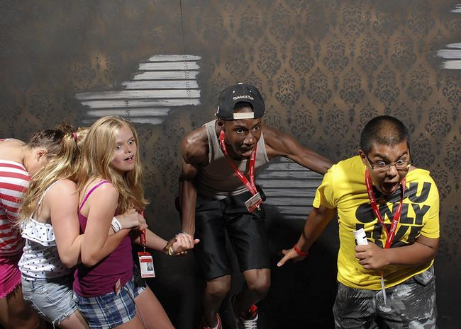 personas asustadas Nightmares Fear Factory (5)