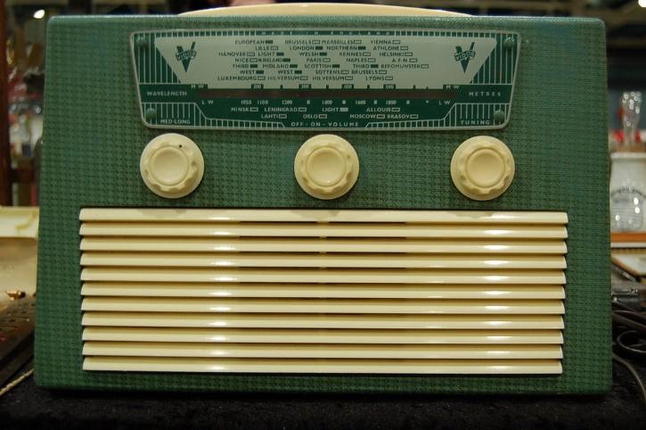 radio verde antigua